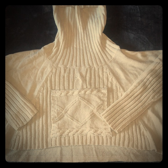 Women's Cream Pullover Turtleneck Sweater